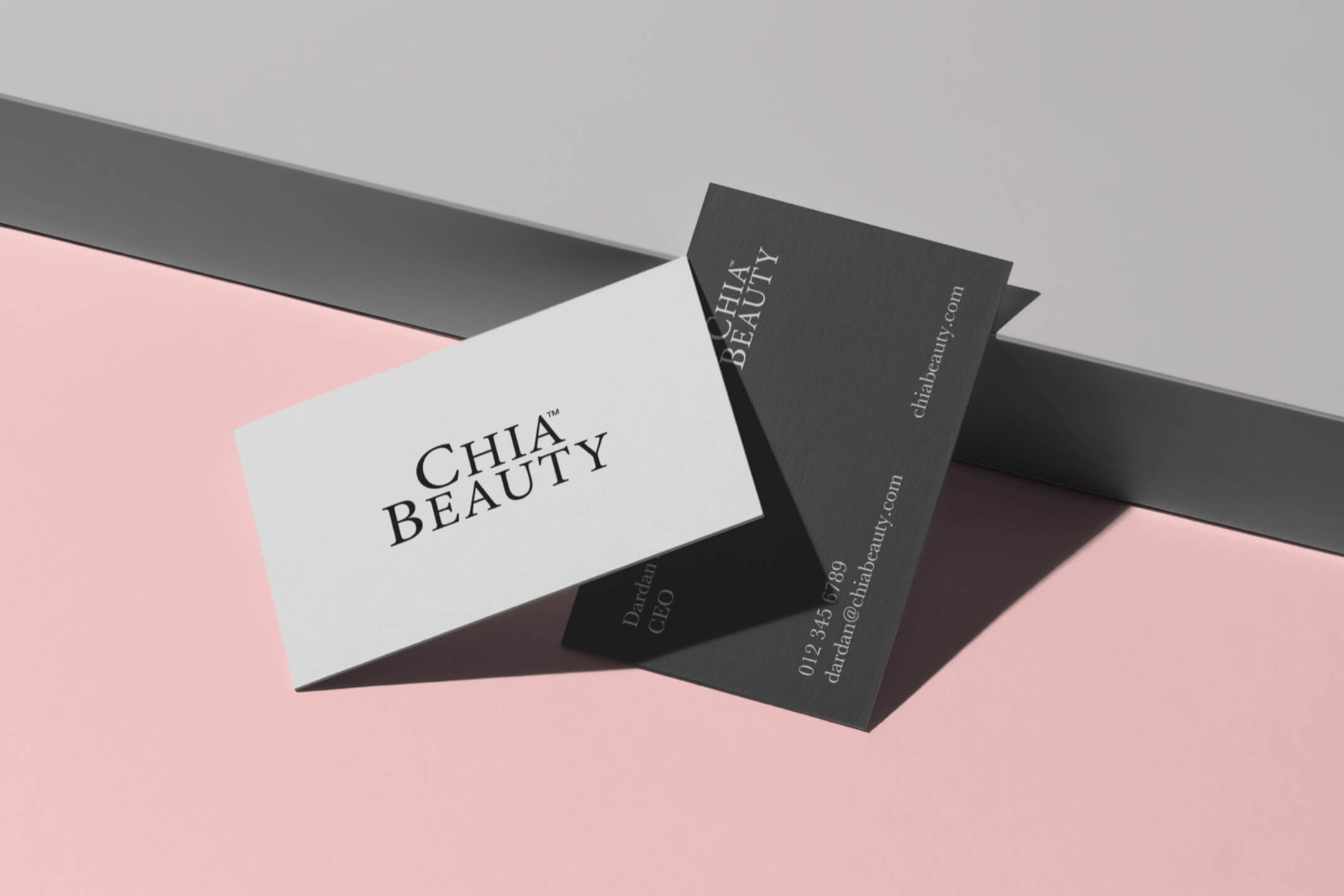 business-card-mockup-scene@2x-2