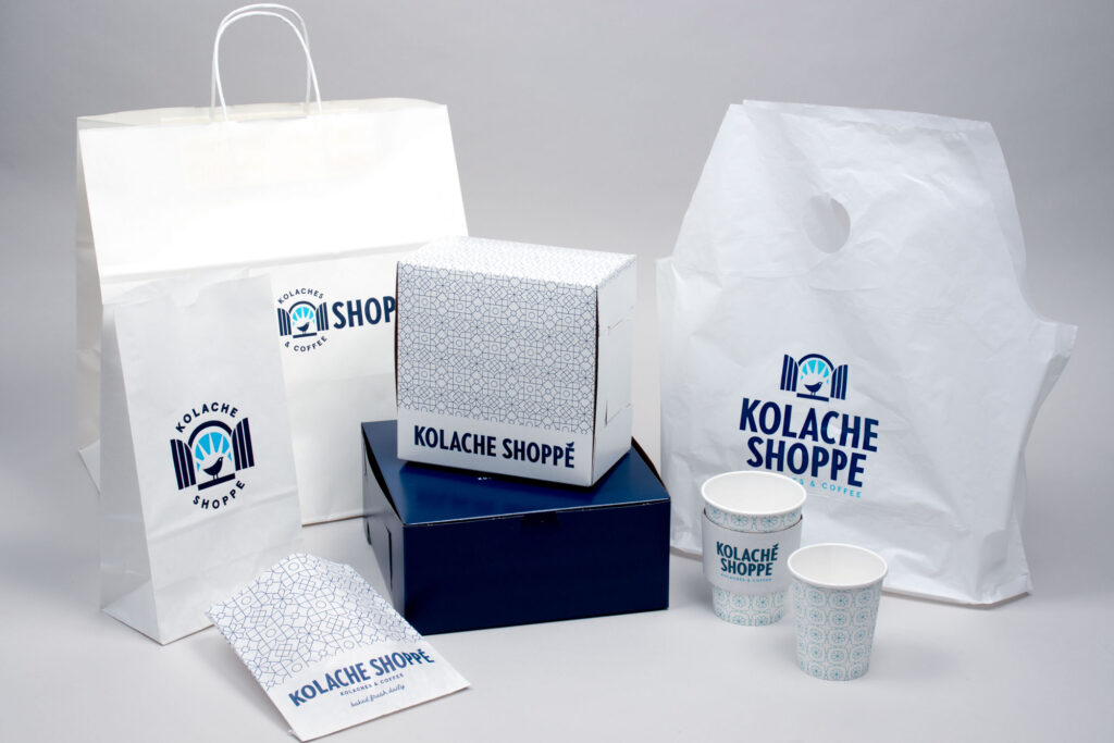 Custom printed coordinated restaurant takeout packaging