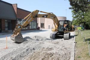 commercial asphalt paving in Mississauga - gravel installation & grading