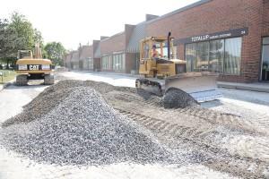 commercial asphalt paving Toronto, Ontario - gravel installation & grading