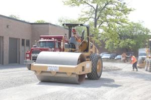 commercial asphalt paving in Toronto, Ontario - gravel installation & grading