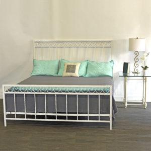 334 Ocean Wave Iron Bed