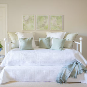 336-D Simplicity Daybed