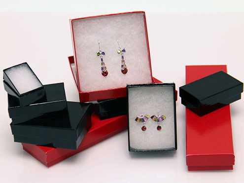 Two-piece cotton filled jewelry boxes