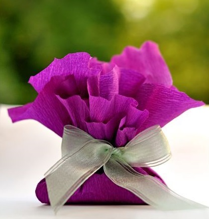 Cute tissue paper gift bags