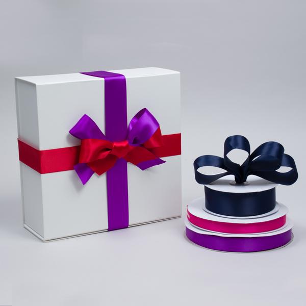 ribbon tied around a box