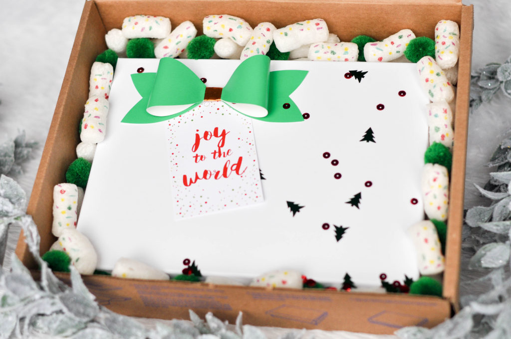 DIY holiday ecommerce packaging