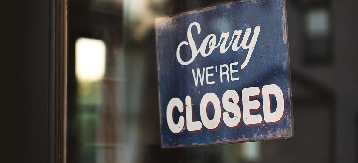 covid response sign closed