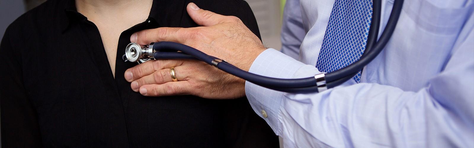 Doctor Examining Patient, Concierge Medicine in Newton & Wellesley MA