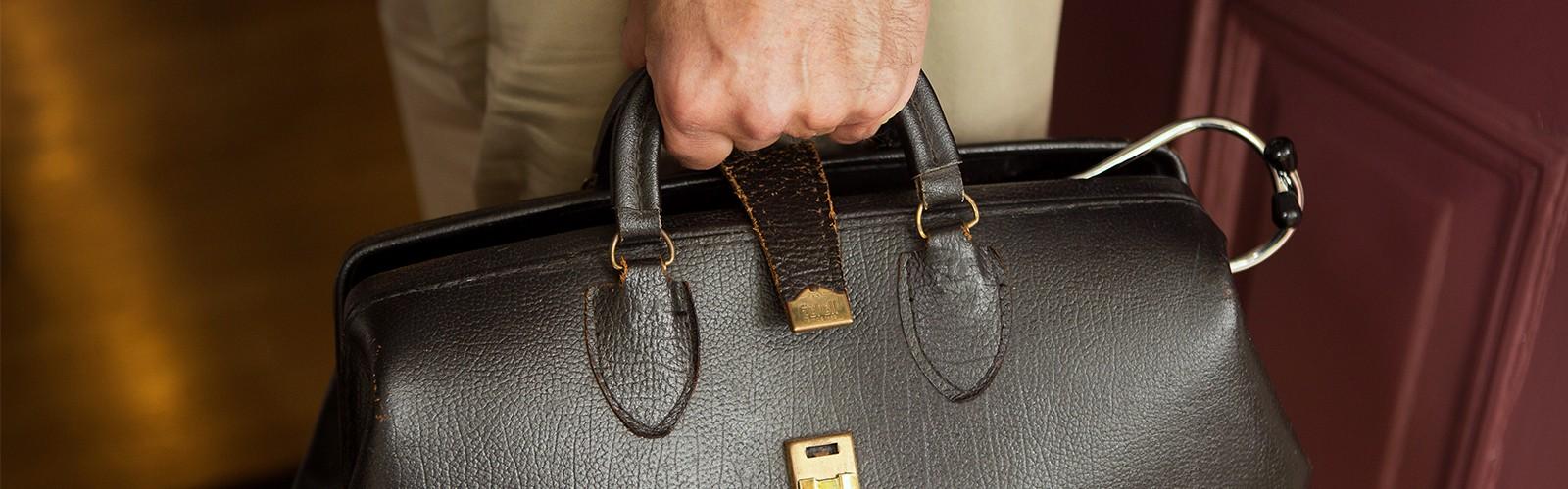 Doctor's Bag for Home Visit, Concierge Medicine in Weston & Boston MA