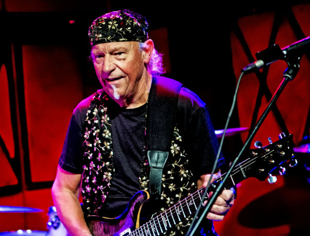 Martin Barre: Taking Roads Less Travelled