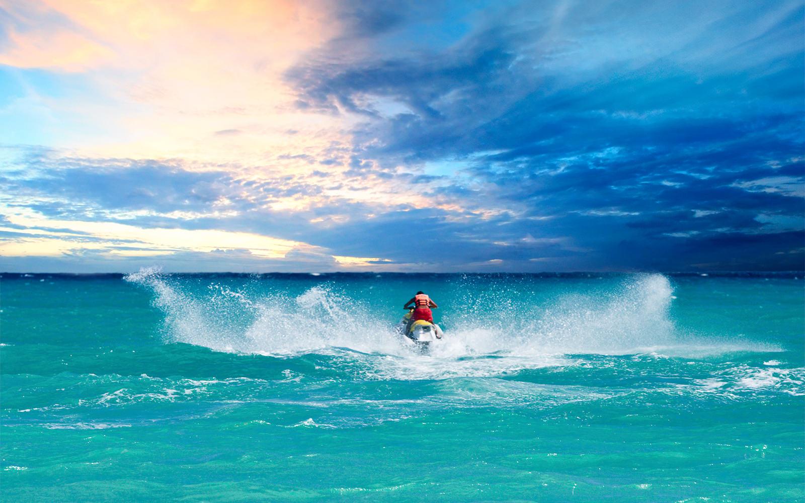 Jet Ski Rentals & Tours