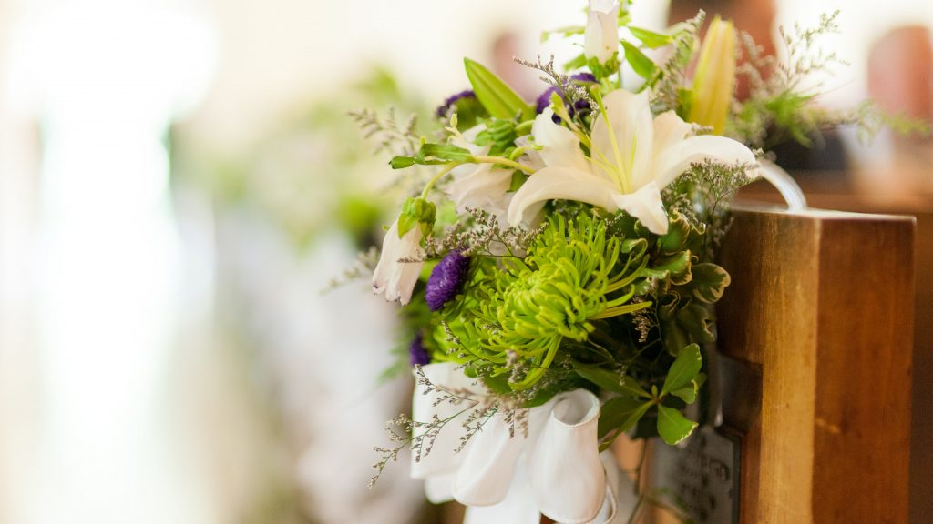 Affordable Flowers to Include in Your Wedding