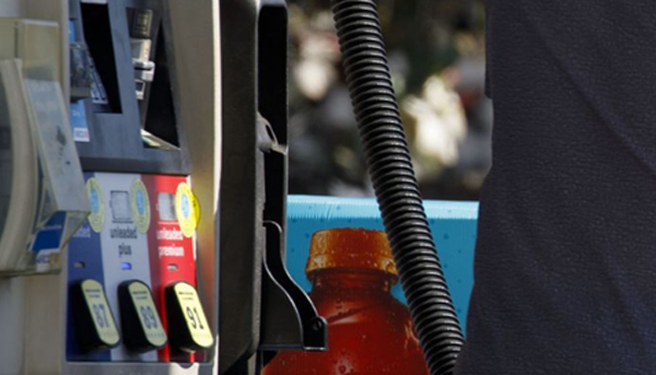U.S. Gas Stations Rush to Adopt Chip Cards After Failed Bid to Delay Deadline