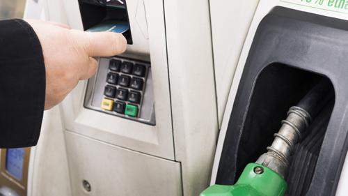 Survey: Retailers of All Sizes Still Struggling to Achieve Outdoor EMV Compliance