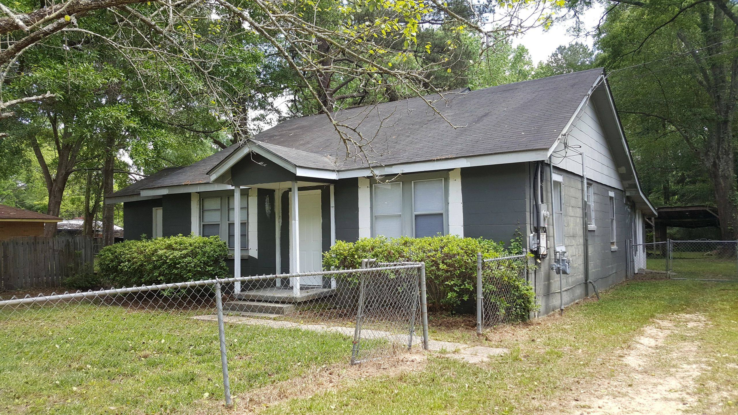 Bay Ave Columbia, MS 39429