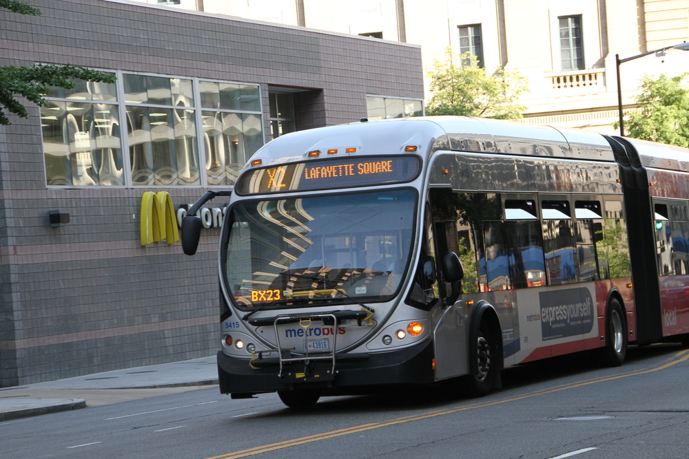Metrobus will resume fare collection and front-door boarding beginning Sunday, January 3, as part of Metro's pandemic recovery plan.