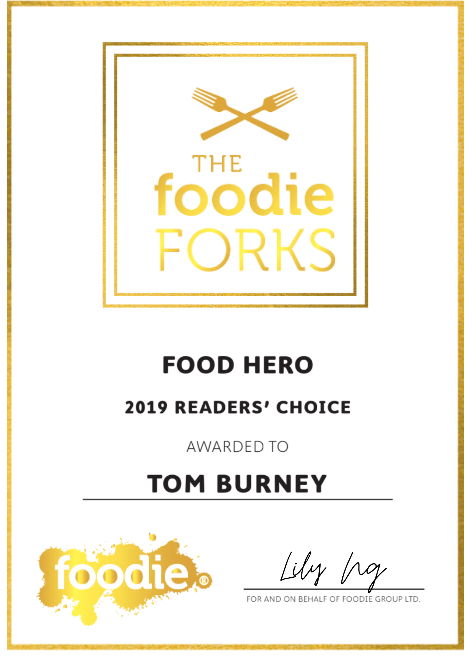 'hong kong foodie hero' award to Chef Tom Burney of hong kong personal chef