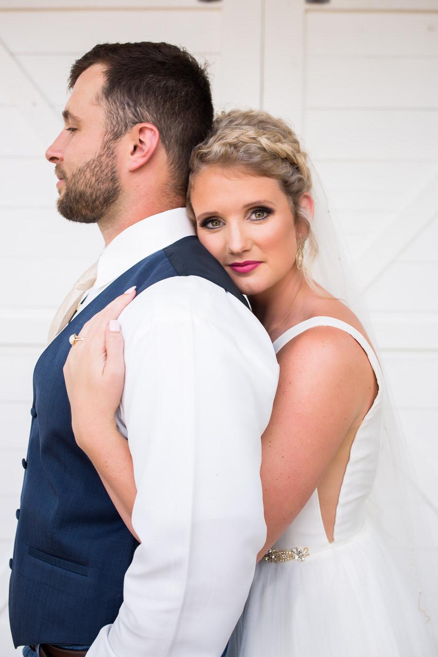 New Braunfels Texas bride and groom