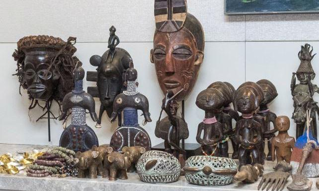 African Art sold at fairs