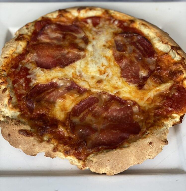 crispy gluten free pizza