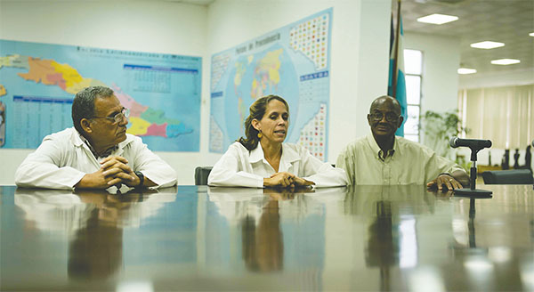 """The plight of breast cancer in Havana was addressed by Cuban researchers and professionals during the """"Pink to Pink"""" tour. A highlight was a visit to the National Oncology and Radiobiology Institute.(Photos by Alberto N. Jones)"""