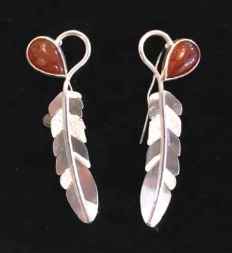 BC 8 17 5 Carnelian Feather