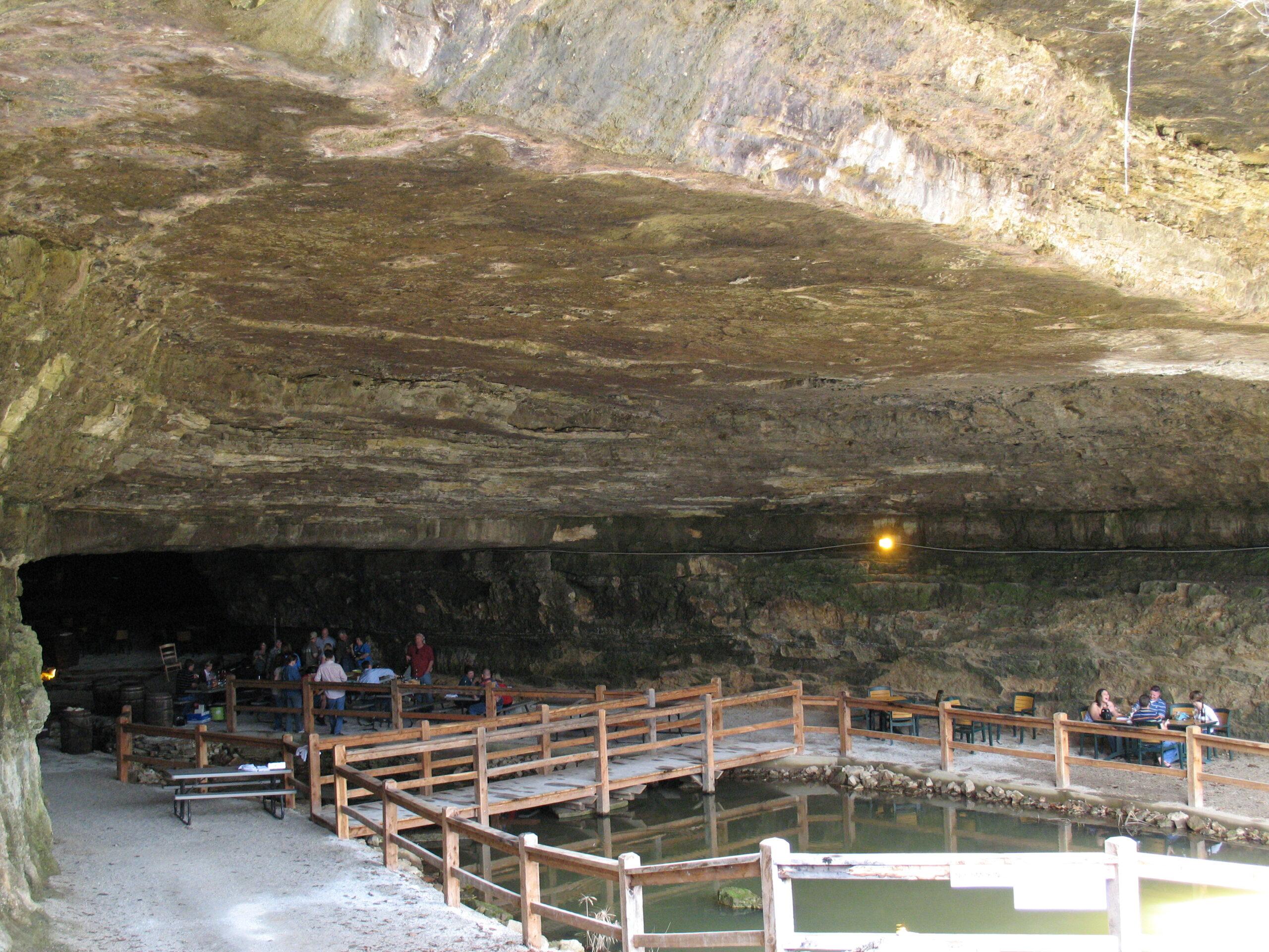 Cave Vineyard & Distillery (Ste. Genevieve, MO)