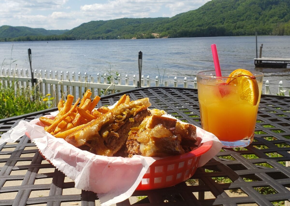 5. Hungry Point Bar & Grill