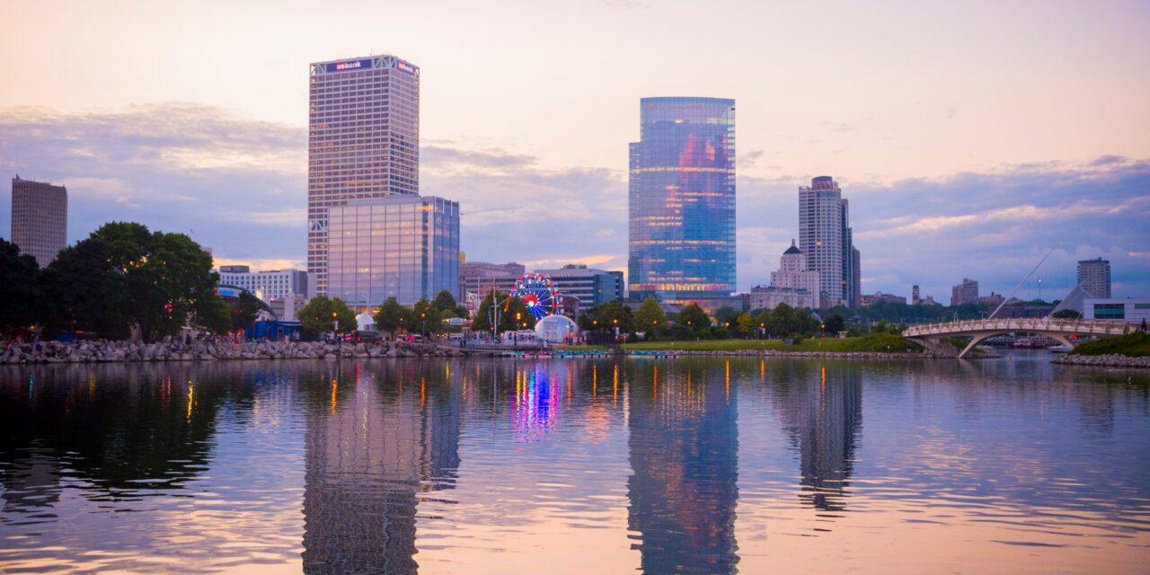 Milwaukee Bucket List Experiences In The Milwaukee River Valley!