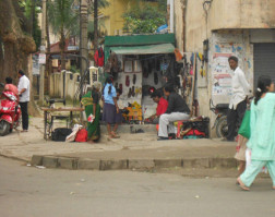 angela-carson-bangalore-blog-street-life-frazer-town