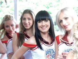 angelas-bangalore-blog-ipl-white-mischief-cheerleaders-sexy-photo-2013