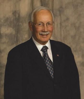 Mr.-Larry-L.-McClennon-Phot