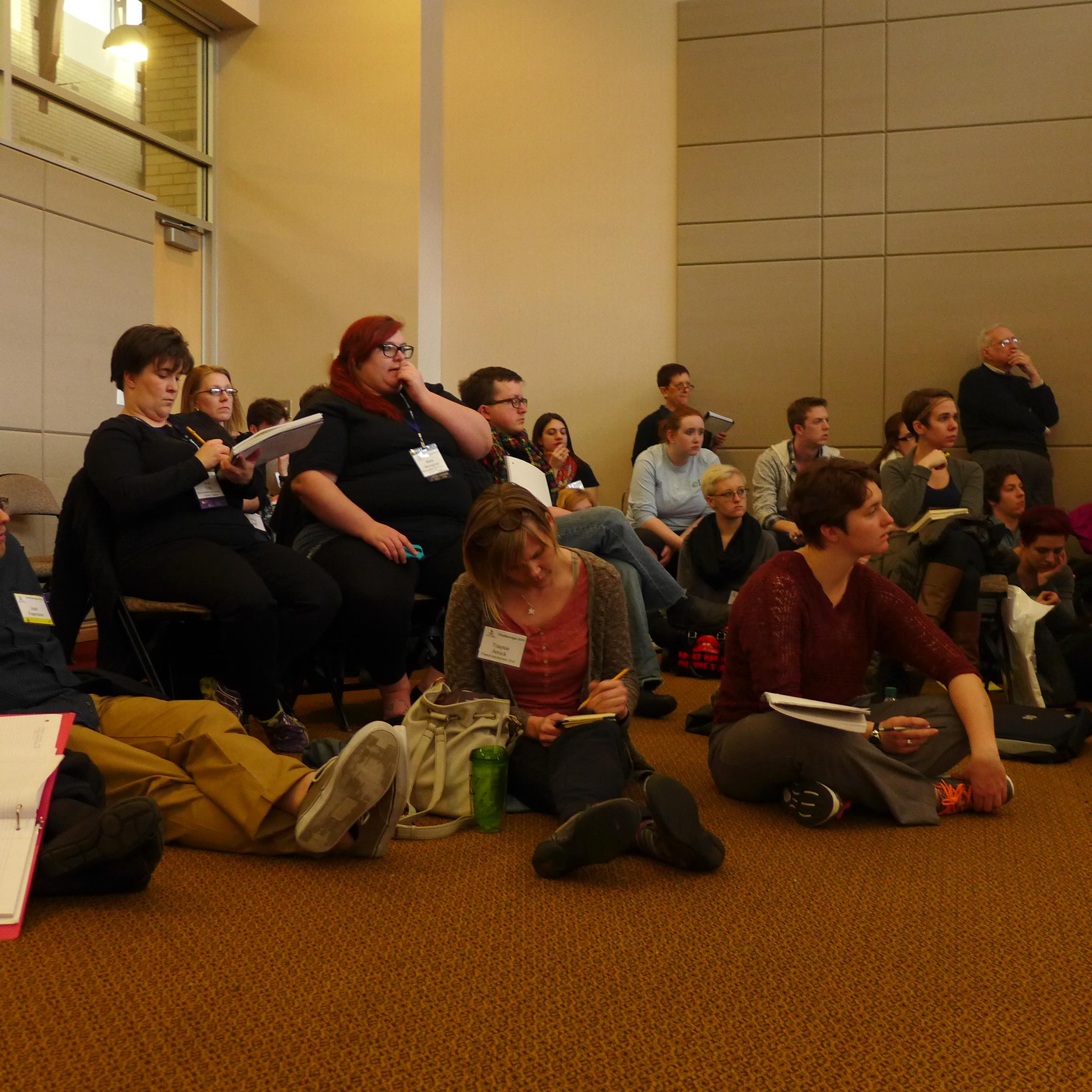 Michael Chekhov Master Teacher Lisa Dalton explains SynthAnalysis at SETC as the class watches.