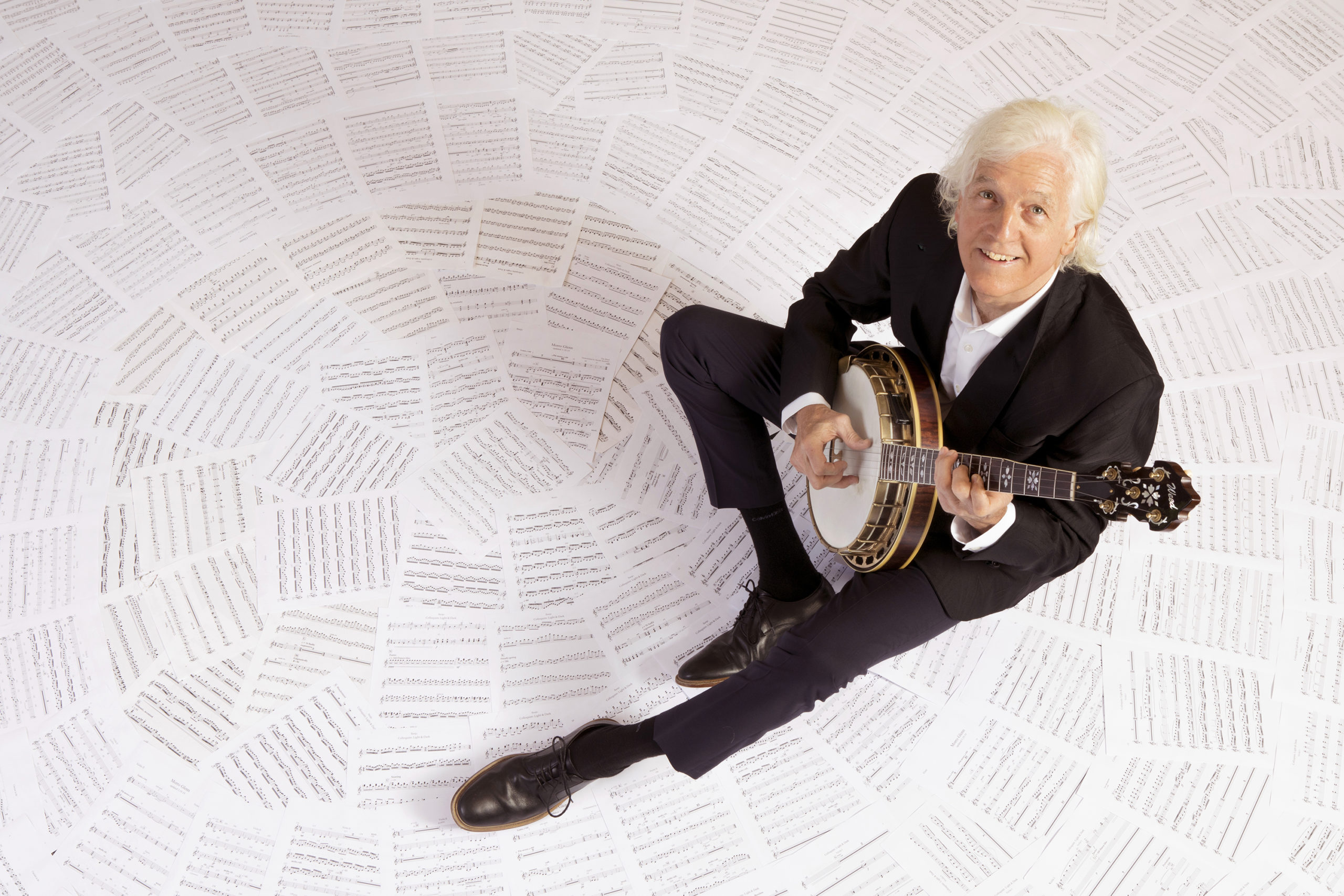 Tim Weed Carves Out His Own Niche With the Classical Banjo