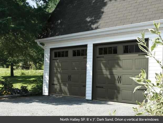 North Hatley Garaga garage door in Dark Sand with Orion 4 lite windows