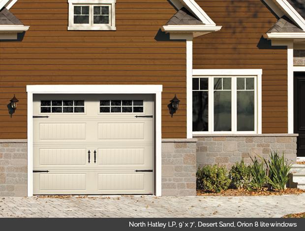 North Hatley LP Garaga garage door in Desert Sand with Orion 8 lite windows