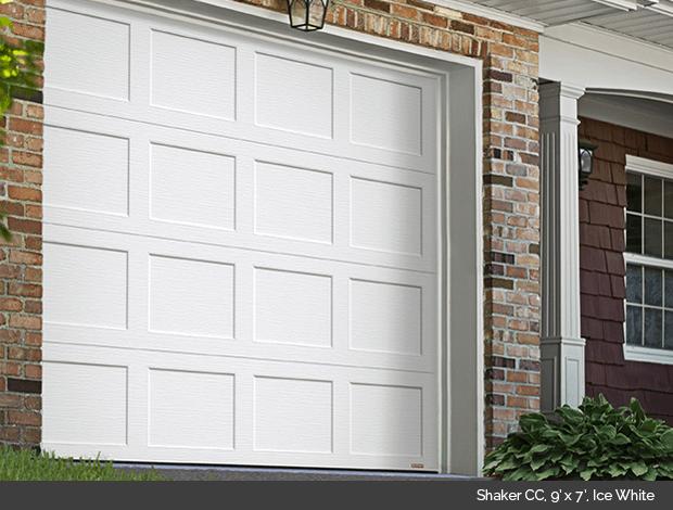 Shaker CC Garaga garage door in Ice White
