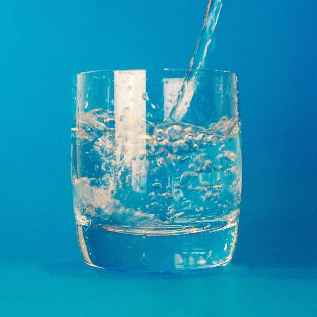 Creative ways to avoid dehydration in seniors