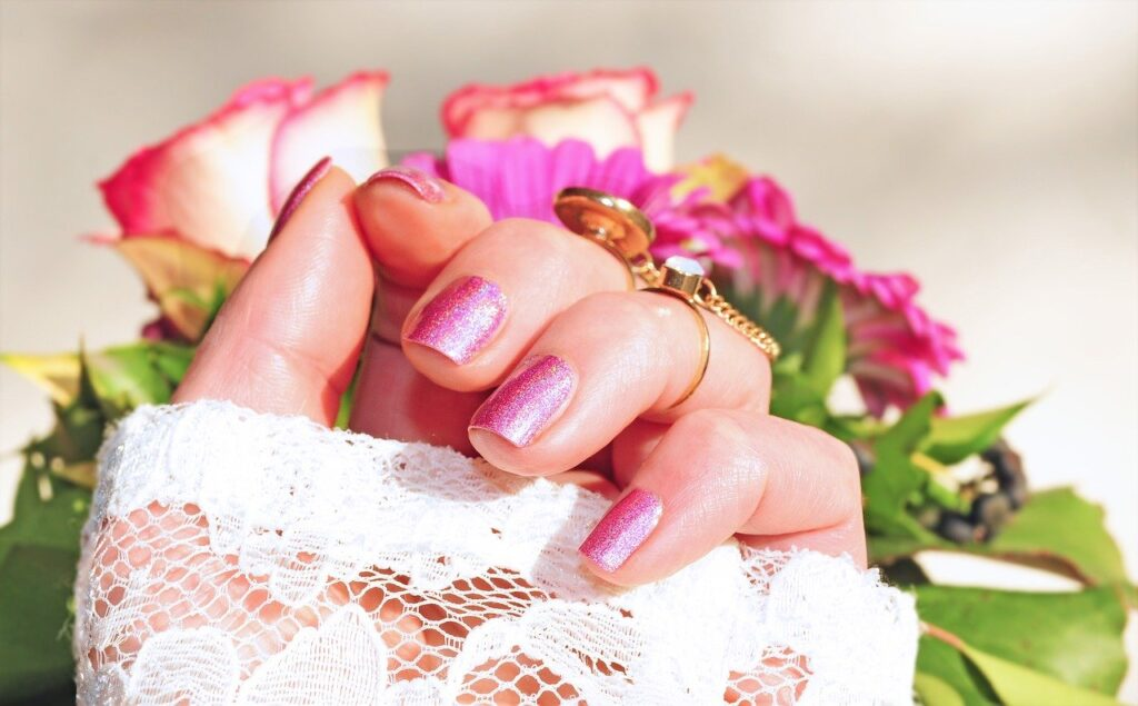 roses, pink, nail varnish