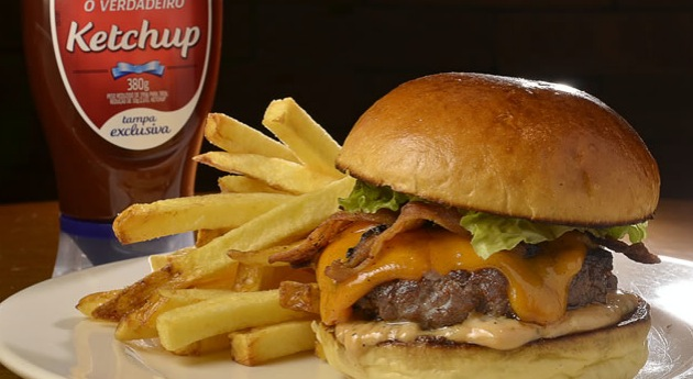Triumph Bonneville Burger do Brown and Sugar