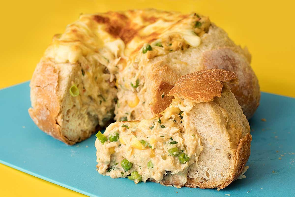 pão ITALIANO recheado de frango com queijo cremoso