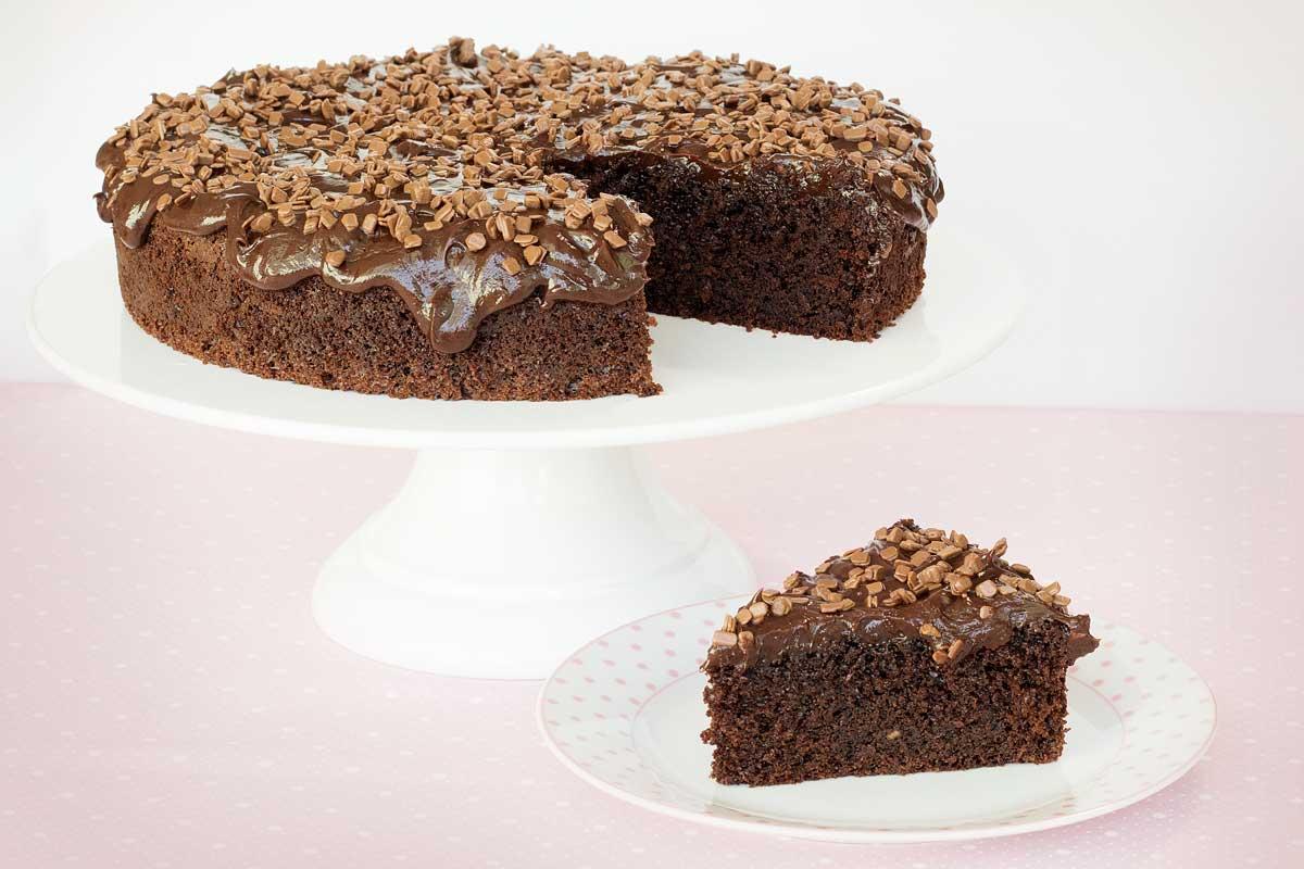 Bolo de chocolate super fofo e molhadinho