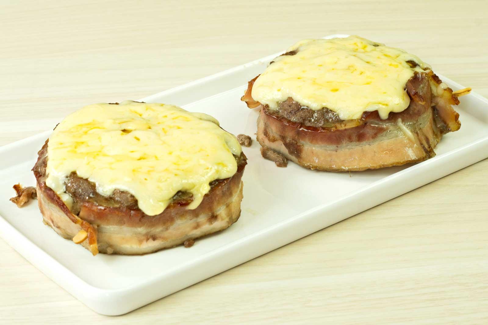Cestinha de Carne com Ovo e Bacon