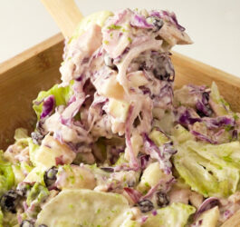 Salada Tropical com Frango