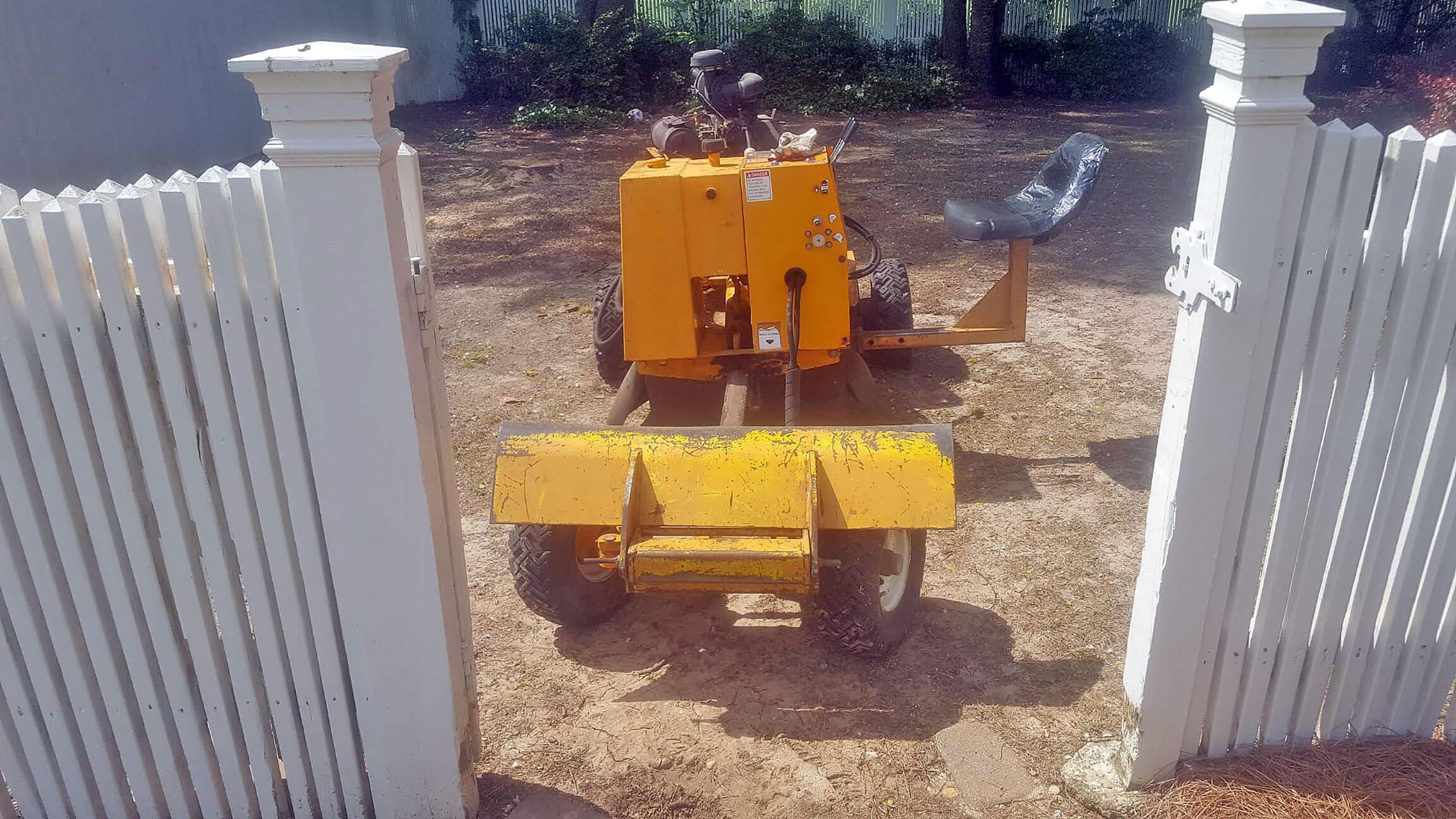 Christian Chipper Service Machine