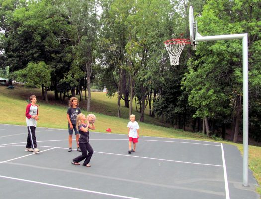 basketball_court_2013_c