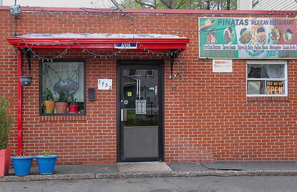 La Pinatas Restaurant 1