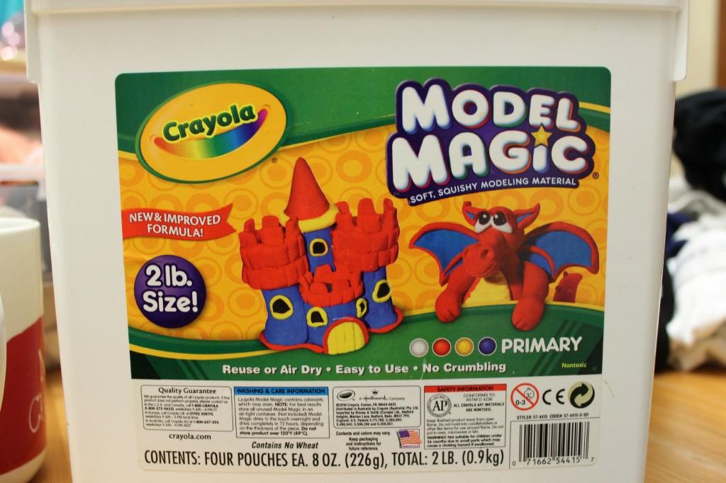 Crayola Model Magic big 2 pound tub