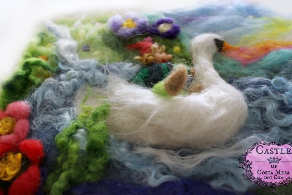 8214 150126 An Elf riding a swan